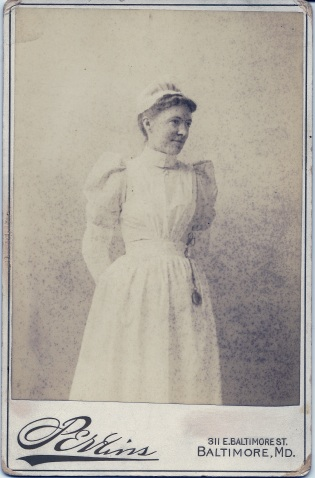 Cabinet card photograph of Frances Priestley Toulmin ca. 1892